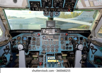 SHEREMETYEVO, MOSCOW REGION, RUSSIA - OCTOBER 3, 2015: Cockpit of Aeroflot Ilyushin IL-86 RA-86103 at Sheremetyevo international airport.
