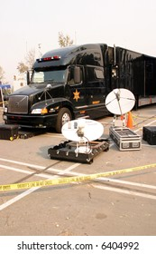 sheriff satalite dish communications set up and semi truck