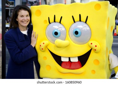 Sherry Lansing at the premiere of THE SPONGEBOB SQUAREPANTS MOVIE at the Grauman's Chinese Theatre, Hollywood, CA, November 14, 2004