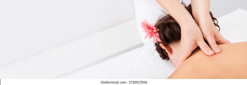 Shiatsu Neck Massage. Chiropractor Physio Therapy Treatment