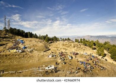 Shilma,India, Dec 24th, 2015 : The crowd of tourist enjoyng the beautiful place in shimla , called Kufri Valley. Only way to reach there is by horse ride.