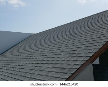 Shingle-roof. Modern roof layout and details