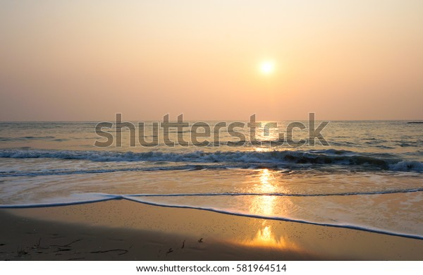 Shining sunrise at the sea