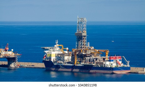 Ship to oil and gas drilling stay on port, Gran Canaria Island.