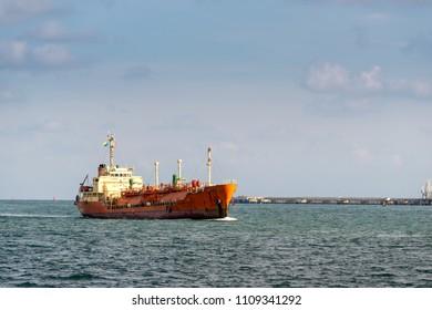 Ship Oil tanker