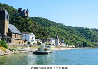 """Ship on river rhine with castle """"Maus"""" in St. Goar"""