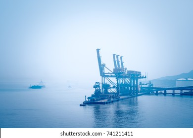 ship unloader on ore terminal, ningbo port is the largest discharging and loading ore port in China