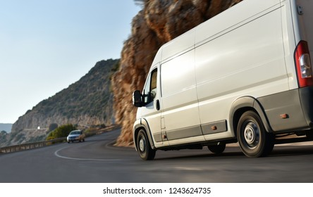 shipping of goods using of delivery van