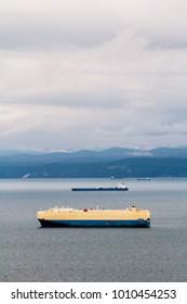 Ships heading sea