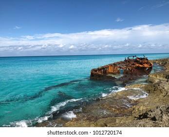 shipwreck in bimini bahamas