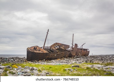 Shipwreck on Inisheer Island, County Galway, in the West of Ireland