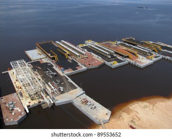 Shipyard with the manufacture of Petroleum Ferry in Manaus - Amazonas Brazil