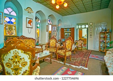 SHIRAZ, IRAN - OCTOBER 14, 2017: The  restaurant in vintage flat with classic furniture, traditional decors and tasty Iranian cuisine, on October 14 in Shiraz