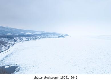 流氷で覆われた知床の海