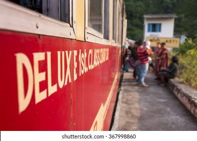 Shivalik Deluxe Express ? train  from Kalka to Shimla, India