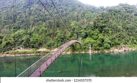Shnongpdeng Suspension Foot Bridge (Dawki Meghalaya)