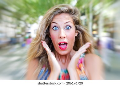 Shocked woman in the city