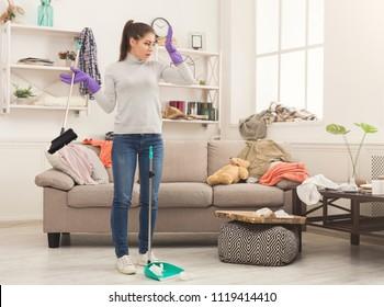 Propertysex stripper tenant fucks landlord