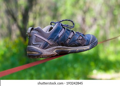 shoe on a slickline