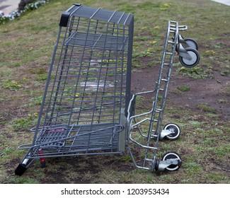 shopping cart metal abandoned trolley shop abandoned abandoned cart,abandoned,shopping basket,shopping cart,shopping cart metal abandoned trolley shop abandoned,background,green,metal abandoned,nature