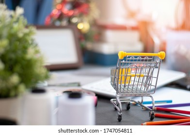 Shopping Online for Fashion design on website. Shopping Cart for online shopping.