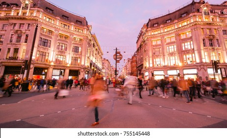 Shopping at Oxford street, London, Christmas day