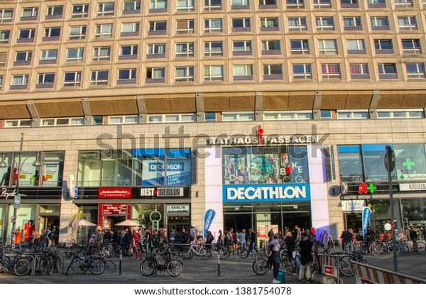 Decathlon berlin alexanderplatz
