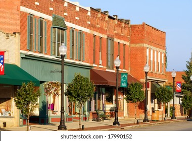 Shops and businesses on the main street of Bedford, Ohio