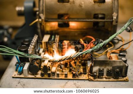 Fine Short Circuit Burned Cable Fire Wiring Stockfoto Jetzt Bearbeiten Wiring Digital Resources Otenewoestevosnl