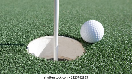 Short putt in the sport of Golf.