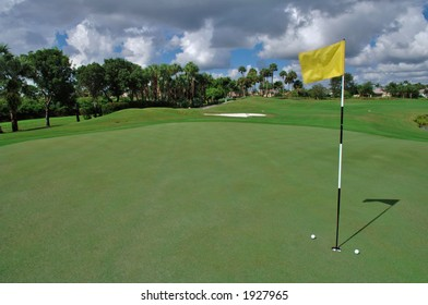 short putts on the green