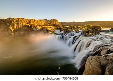 Shoshone Falls at sunrise in Twin Falls, Idaho, USA.