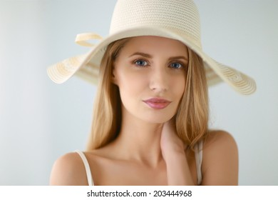 Shot of a beautiful girl in summer style