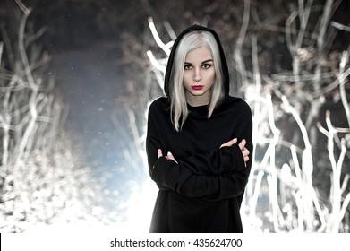 Mature goth women of fashion that