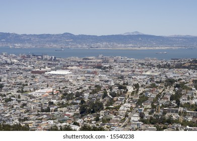 A shot of San Francisco and Oakland taken from the top of Twin Peaks