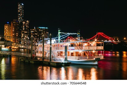 Showboat in Brisbane at night time