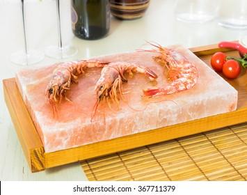 Shrimp on the Himalayan salt block