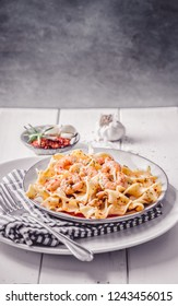 Shrimp in pasta chili tapas with herbs