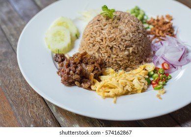 shrimp paste fried rice.A popular food sold in Thailand.
