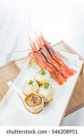 shrimp pork steamed bun