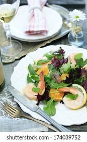 shrimp salad with white wine