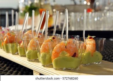 shrimp, single-portion, appetizer. Monoportion