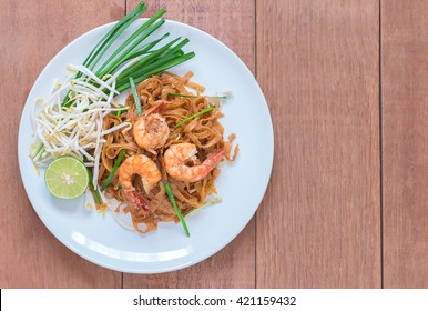 Shrimps Pad Thai, Thai Food, Thailand's national dishes.