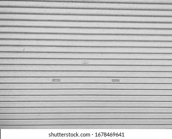 A shutter that shows a lonely state.