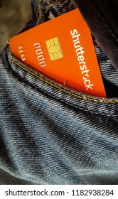 Shutterstock Branded Payoneer Mastercard In The Pocket