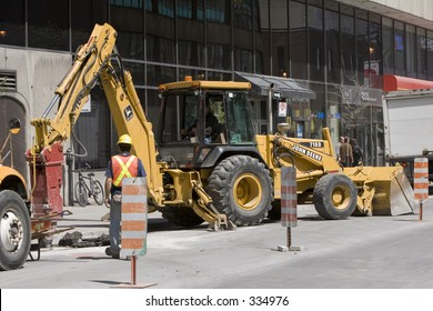 Shutterstock was looking for construction workers, i spoted some, so here are some.