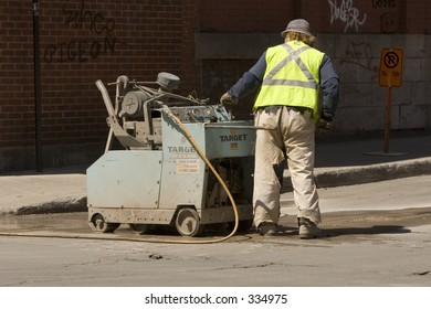 Shutterstock was looking for construction workers, i spotted some, so here are some.
