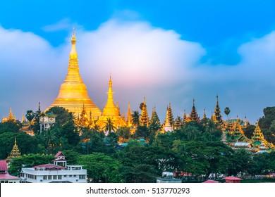 Shwedagon Pagoda, Shwedagon Zedi Daw, Great Dagon Pagoda and the Golden Pagoda, Yangon, Myanmar.