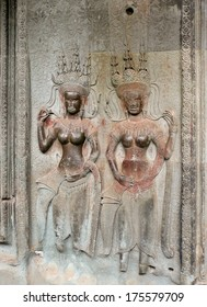 SIAM REAP, CAMBODIA: OCTOBER, 28, 2008, Bas-relief of dancing Goddesses on the wall of the Angkor Wat temples.