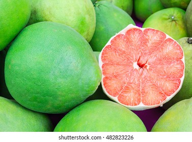 Siam ruby pomelo fruit, The Ruby of Siam is a breed of grapefruit and renowned 5-star OTOP products, symbols of the proud city of old harbor town Pak phanang of Nakhon SI thammarat